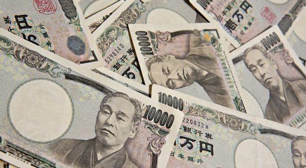 pergerakan harga karet terhadap yen